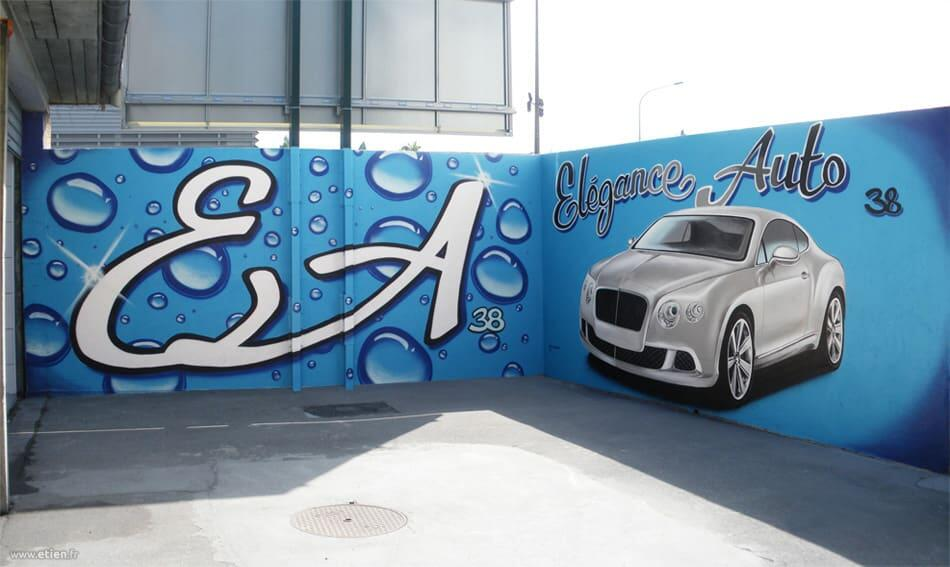 Décoration extérieure pour préparateur automobile - <em>Réalisé avec Nessé</em><br/> Acrylique façade et aérosol - 25m2 env.<br/> Echirolles - 2011