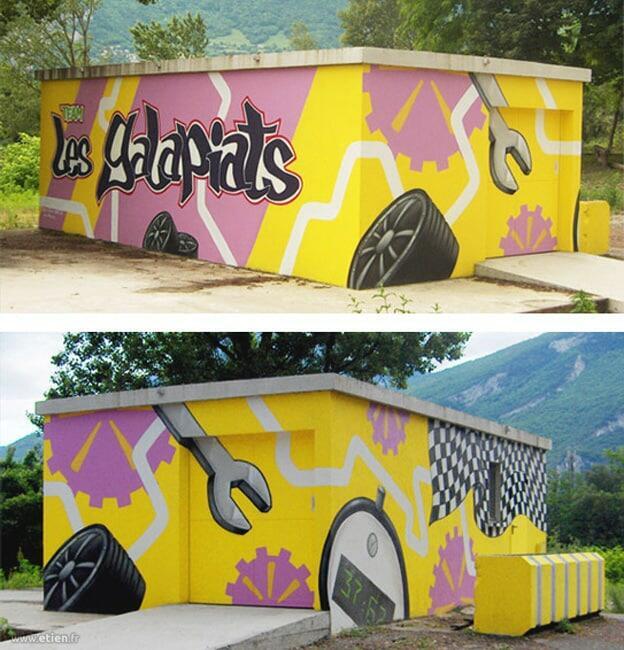 """Local technique des <a href=""""http://www.lesgalapiats.com/"""" target=""""_blank"""">Galapiats</a> - <em>Réalisé avec Diseck</em><br/> Acrylique façade et aérosol - 50m2 env.<br/> Sassenage (38) - 2008"""