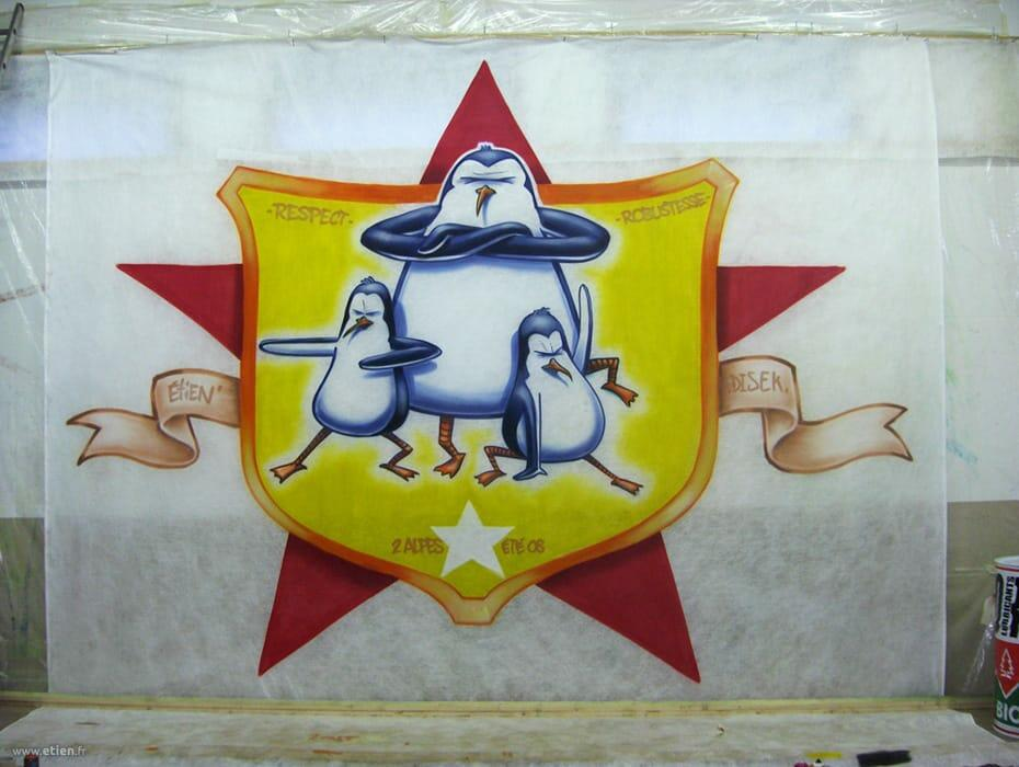 Habillage de kick - Kumi Yama 08- <em>Réalisé avec Diseck</em><br/> Aérosol sur bidime - 20m2 env. - <br/> Les 2 Alpes (38) - 2008