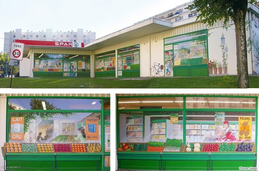 Façade d'un supermarché - <em>Réalisé avec Nessé et Sens</em><br/> Acrylique sur vitres et murs - 140m2 env.<br/> Saint-Égrève (38) - 2007