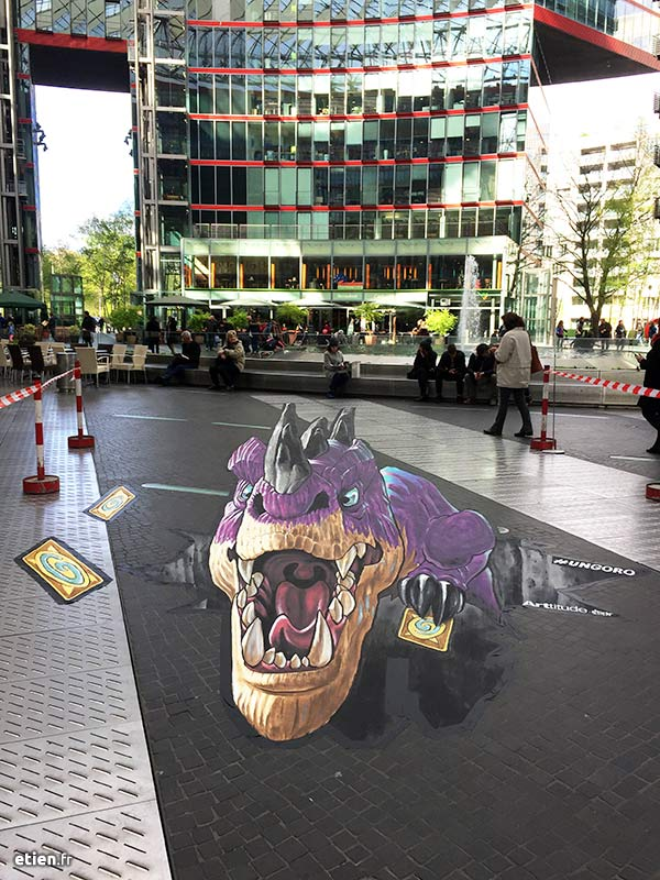 anamorphose au sol pour le jeu vidéo Hearthstone, édité par Blizzard, Sony Center Berlin Paris