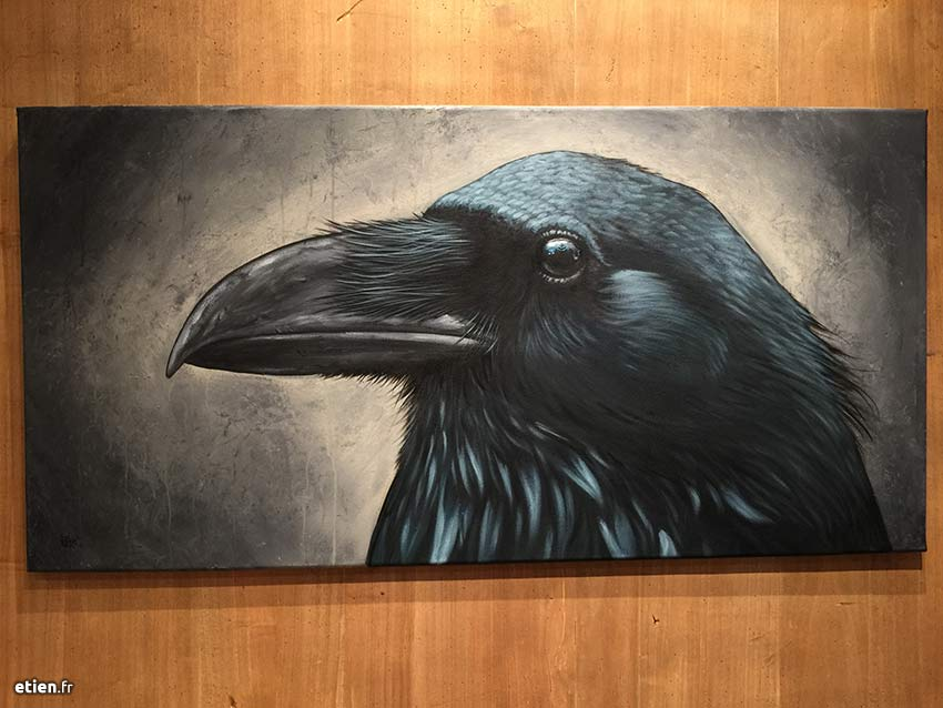 """Acrylique sur toile</br> 1m x 50cm</br> 2017 - <a href=""""https://etien.fr/boutique/corbeau-02/"""">Disponible</a>"""
